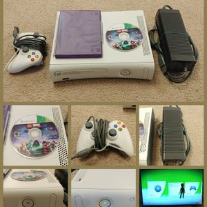 Xbox 360 Console Bundle + Controller/ Lego Game/Power Cord (HDMI) for Sale in Kenmore, WA