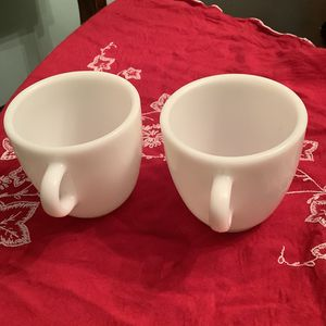 Set of two vintage Pyrex mugs. for Sale in Pittsburgh, PA
