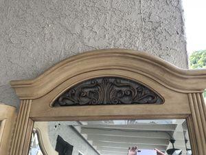Antique Mirror for Sale in Whittier, CA