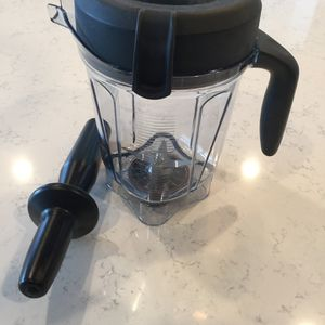 Vitamix 48oz And 64oz Container Jars for Sale in Boyds, MD