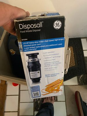 garbage disposall GE new for Sale in Kent, WA