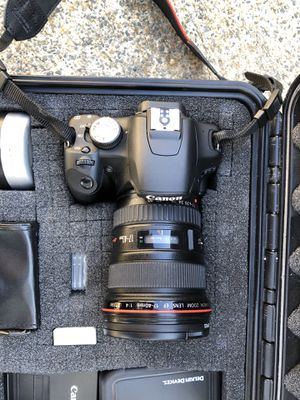 Canon camera, lens and pelican case for Sale in Gloucester, MA