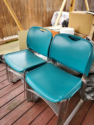 12 pcs party portable heavy duty chairs for Sale in Union City, CA