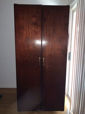 250 Bottles plus Wine Cabinet no cooling unit for Sale in Fremont, CA