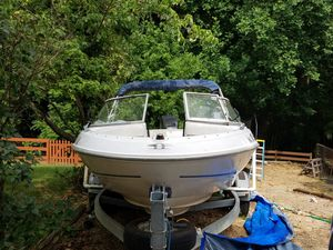 Bayliner Capri for Sale in Mechanicsville, VA