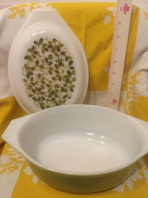 Pyrex Olive Verde 043 for Sale in Vero Beach, FL