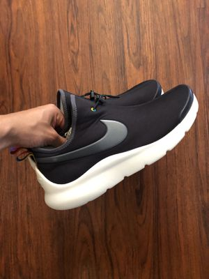 Men's Nike Shoes Size 11.5 for Sale in Paramount, CA