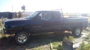 2001 Dodge 3/4 ton 5.9 gas with auto for Sale in Snowflake, AZ