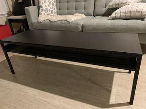 Coffee table with reversible top,black/beige for Sale in San Mateo, CA
