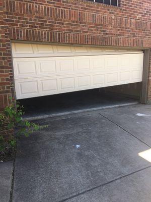 GARAGE DOOR REPAIR for Sale in Lancaster, TX