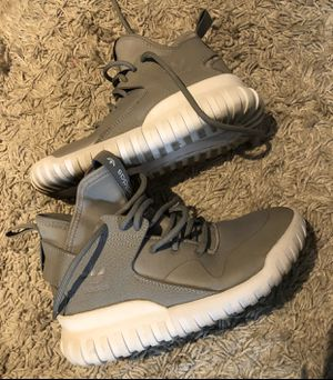 Adidas turbular high tops size 4.5 youth or woman's 6 for Sale in Anaheim, CA