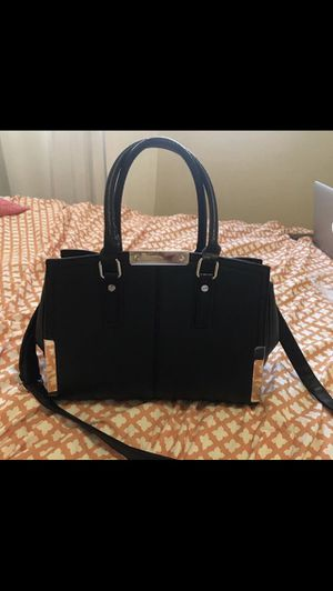 Black purse for Sale in Los Angeles, CA