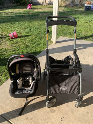Graco car seat and stroller for Sale in Fresno, CA