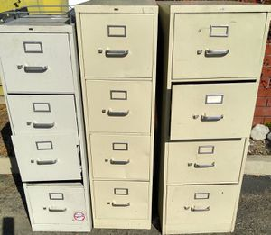 3 metal file cabinet for Sale in Los Angeles, CA