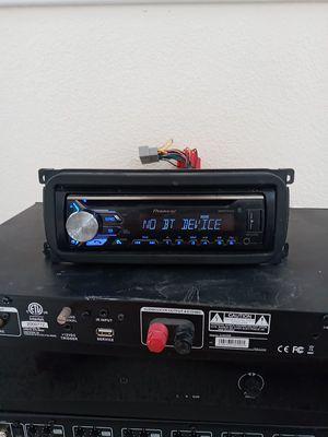Pioneer Bluetooth in-dash radio for Sale in North Las Vegas, NV