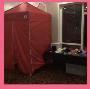 Red Photobooth Tent 5x5 for Sale in Oak Lawn, IL