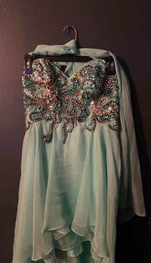 Prom dress size 6 pretty sea green color for Sale in Manassas, VA