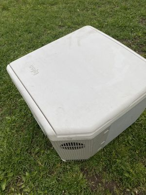Igloo cooler 12volts for car truck for Sale in Floral Park, NY