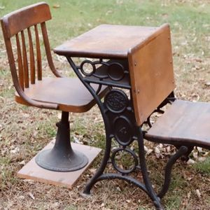 Child's Desk and Chair for Sale in Plaistow, NH