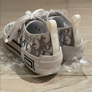 Dior Oblique Sneakers for Sale in Los Angeles, CA