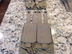 Eagle Industries Dbl Wide 4 Mag Pouch MOLLE Khaki Tan (New) for Sale in Puyallup, WA