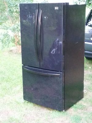 Like new French door refrigerator 5 months warranty for Sale in Alexandria, VA