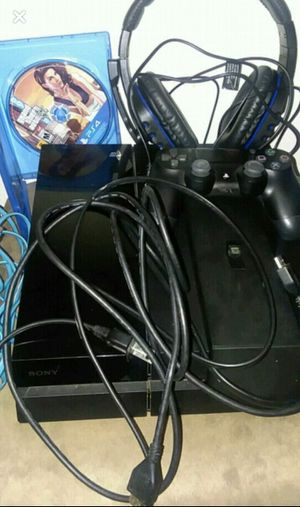 Ps4 And Accesories for Sale in Austin, MN