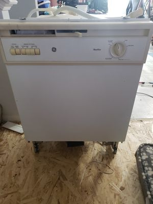 Dishwasher for Sale in Plainfield, IL