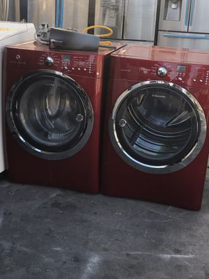 RED WASHER AND DRYER LIKE NEW for Sale in La Habra, CA