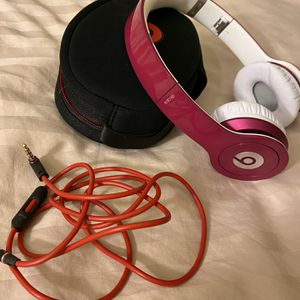 Beats Solo- Pink Wired Headphones for Sale in Santa Clarita, CA