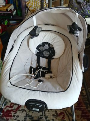 Graco baby swing for Sale in Salem, OR