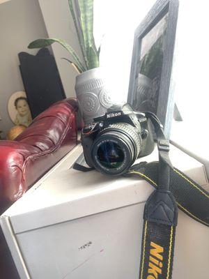 Nikon D3200 DSLR for Sale in New York, NY