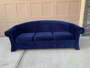 "Beautiful couch !!! 34"" W 90"" L for Sale in Vancouver, WA"