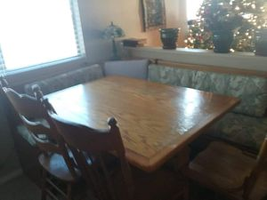 Kitchen table / breakfast nook with storage underneath bench seats for Sale in Avondale, AZ