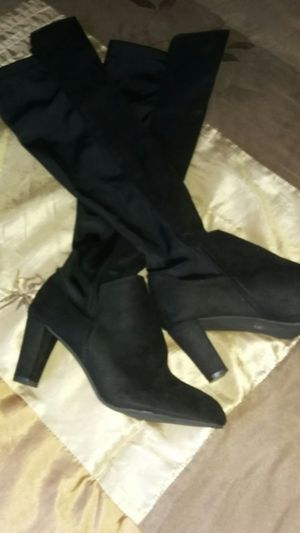 Brand new thigh-high boot size 9 for Sale in Bakersfield, CA