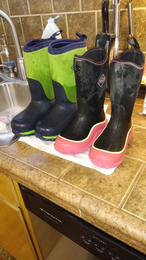 Boys/girls Muck boots for Sale in Louisville, KY