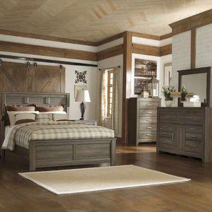 Juararo Queen Bedroom Set for Sale in St. Louis, MO