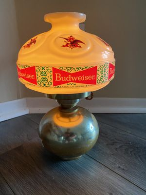 Vintage Budweiser Light up Sign for Sale in Lorain, OH