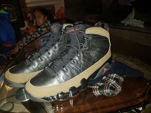 Olive 9s size 12 and 13 for Sale in Seattle, WA