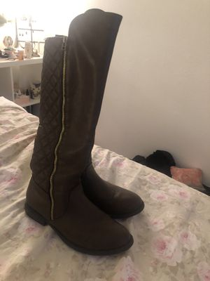 Women's tall brown boots for Sale in Imperial Beach, CA