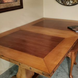 Heavy Rugged Two Toned Dining Room Table for Sale in East Wenatchee, WA