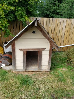 Cutome made dog house for Sale in Seattle, WA