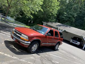 1998 Chevy Blazer for Sale in Danbury, CT