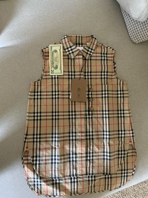 Burberry Check Sleeveless Shirt Women for Sale in Newport Beach, CA