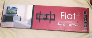 Tru vue universal flat wall mount for tv 37-60 in for Sale in Tacoma, WA