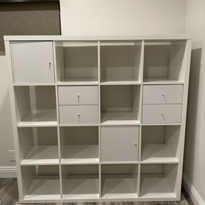 White Shelf Storage Unit With Drawers (IKEA KALLAX) for Sale in Los Angeles, CA
