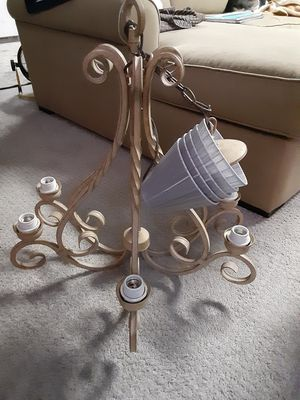 Chandelier for Sale in Wakefield, RI