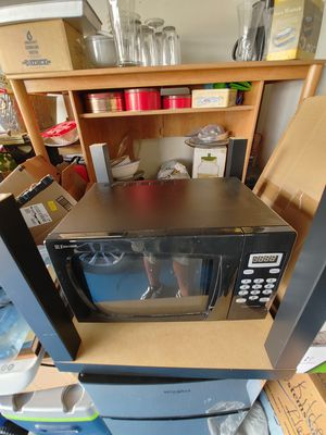 Black Microwave for Sale in Ontario, CA