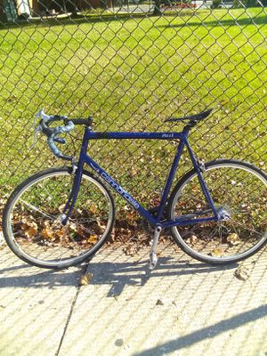 R 500 Cannondale this is a fast bike $100 asap nothing wrong with it at all for Sale in Philadelphia, PA