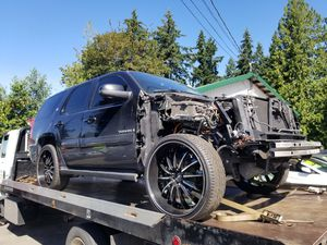 PARTING OUT 08 HYBRID GMC YUKON. for Sale in Snohomish, WA